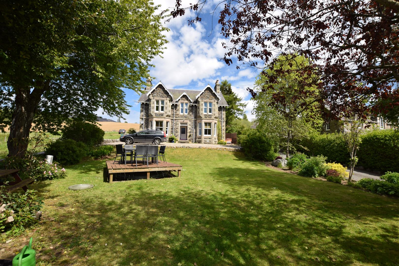 Kinnaird House and Cottage, Pitlochry, Perthshire, PH16 5JL, UK